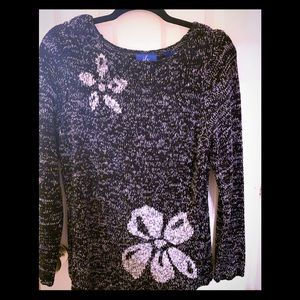 Lightweight sweater with some floral